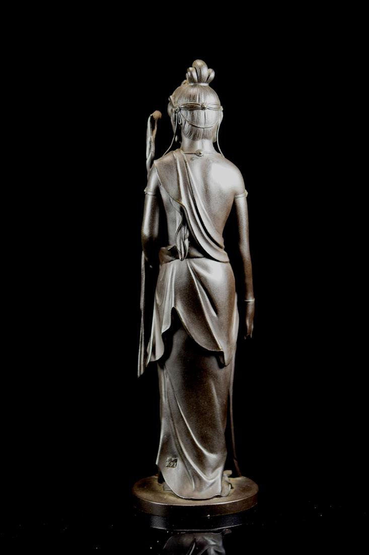 Japanese Bronze Standing Kuanyin with Fitted Box - 8