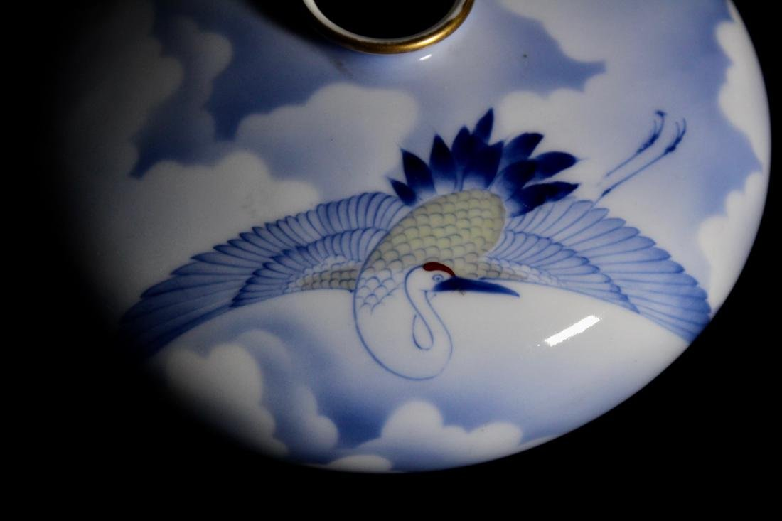 Japanese Korasha Porcelain Vase of Crane Scene - 2