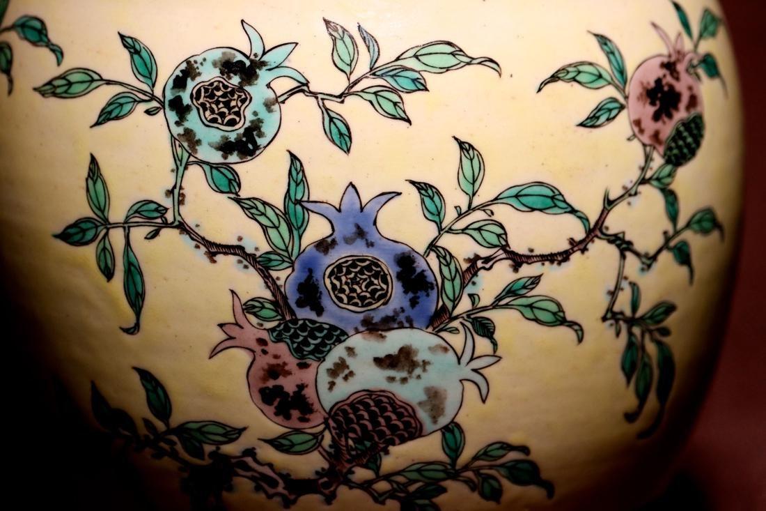 Chinese Sancai Porcelain Scholar Elbow Rest Drum - 8