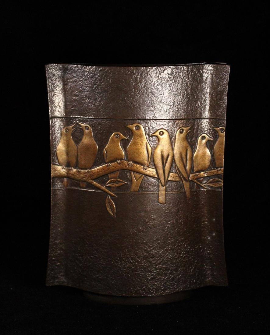 Japanese Bronze Vase Parrots by Zuiho - 2