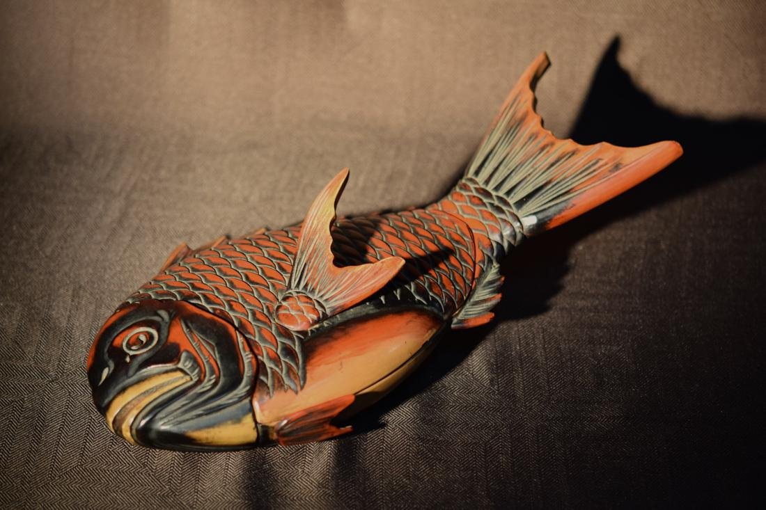 Japanese Lacquer Box fo Fish Shape