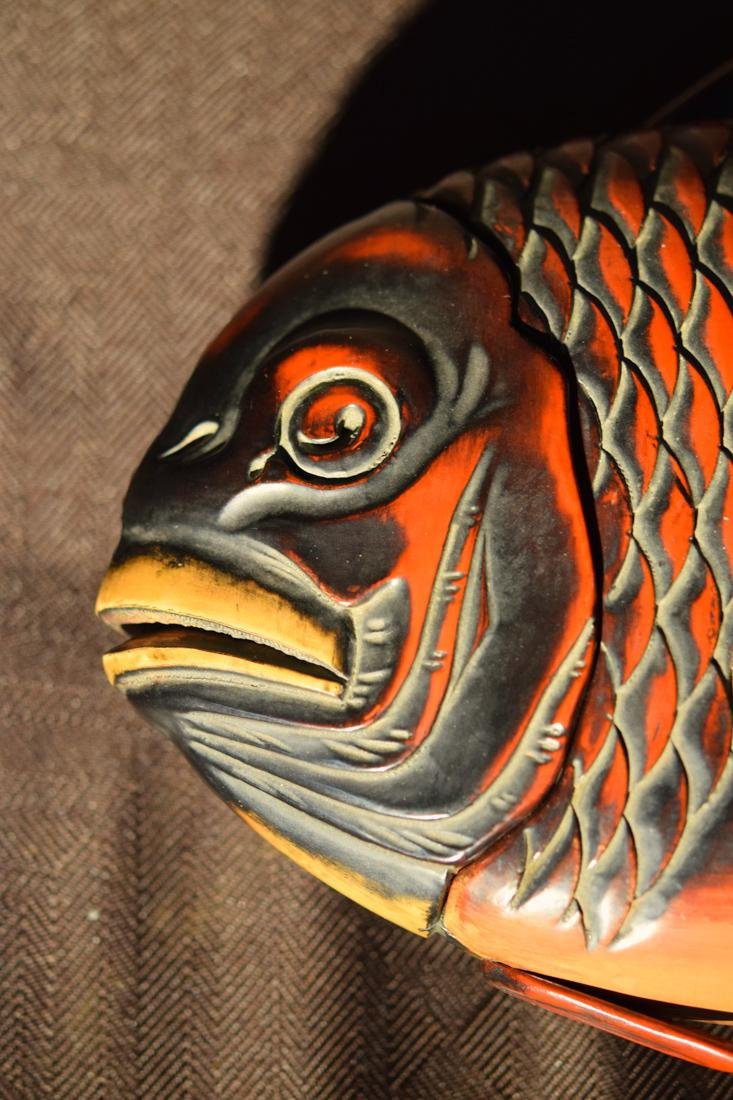 Japanese Lacquer Box fo Fish Shape - 2