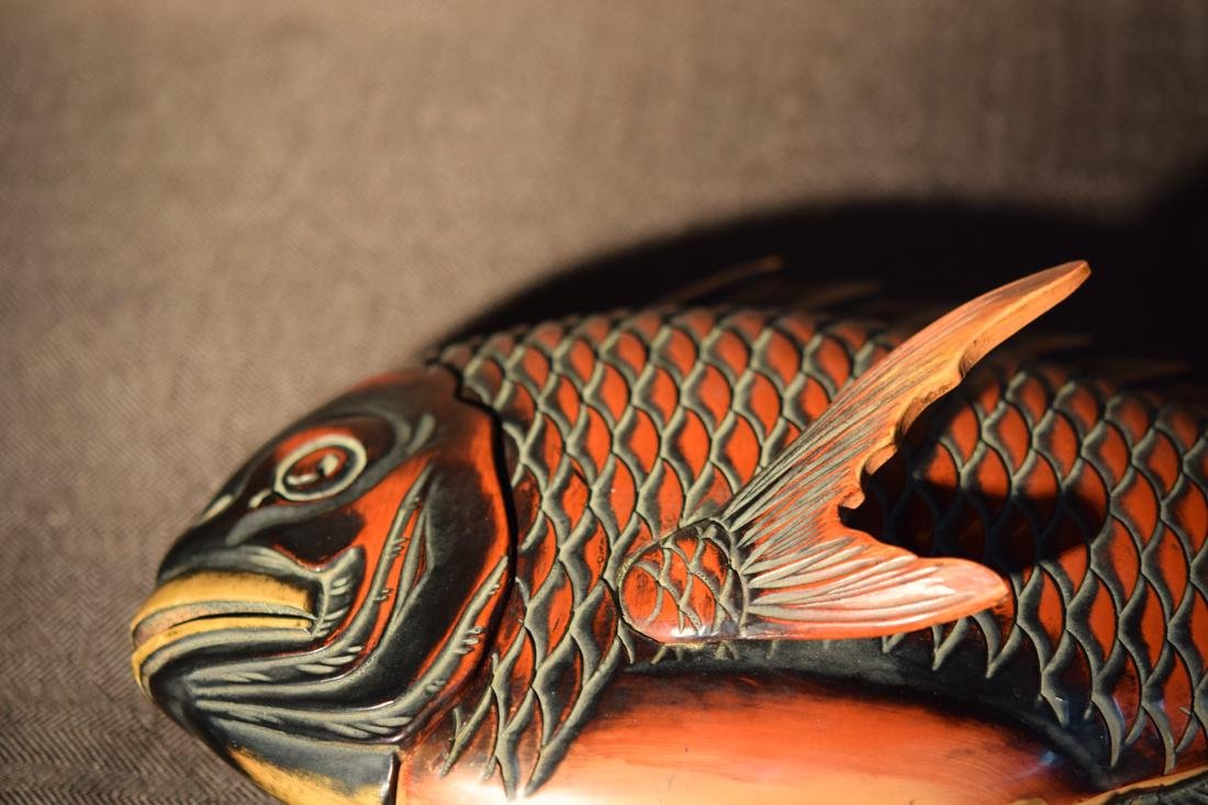 Japanese Lacquer Box fo Fish Shape - 3