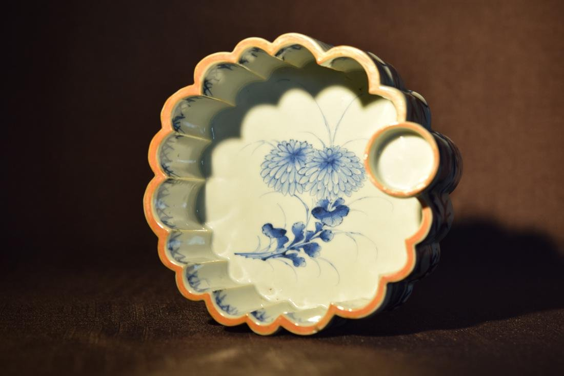 Japanese Blue White Porcelain Lobbed Bowl - 6