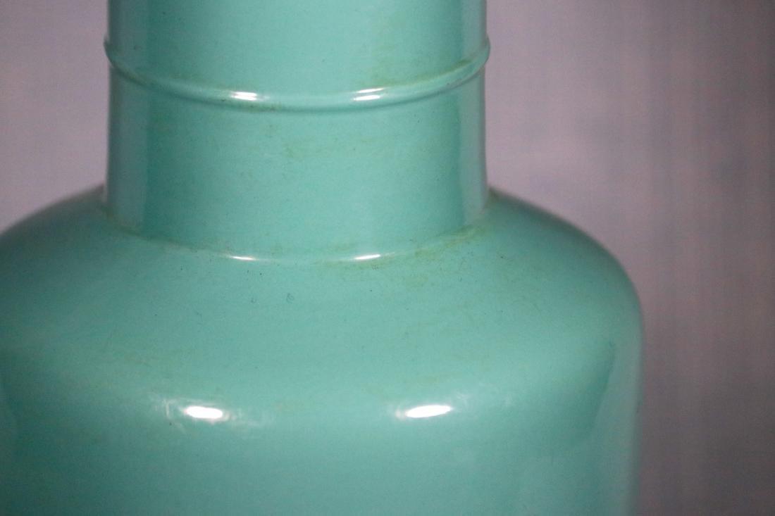 Chinese Lake Green Glazed Rouleat Porcelain Vase - 4