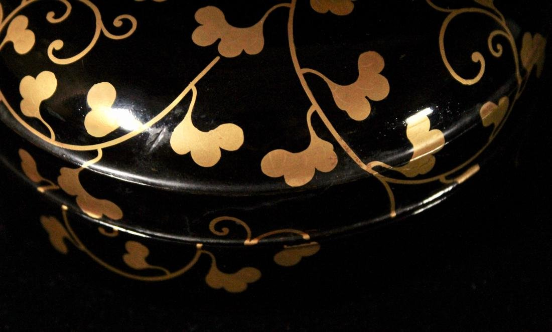 Japanese Black Lacquer Round Box with Gilt - 2