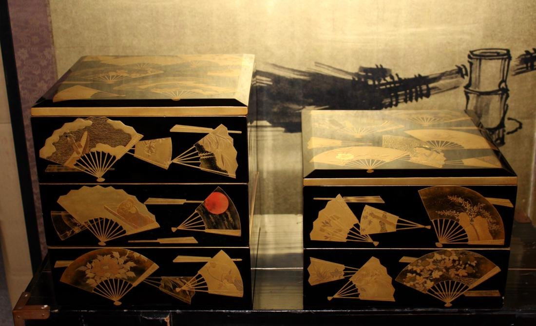 Japanese Lacquer Set in Box - Warlord of Edo Time - 2