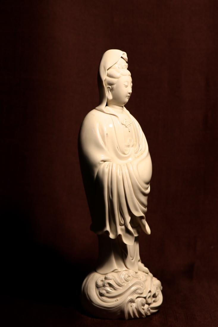 Chinese Blanc de Chine Porcelain Kuanyin of Standing - 5
