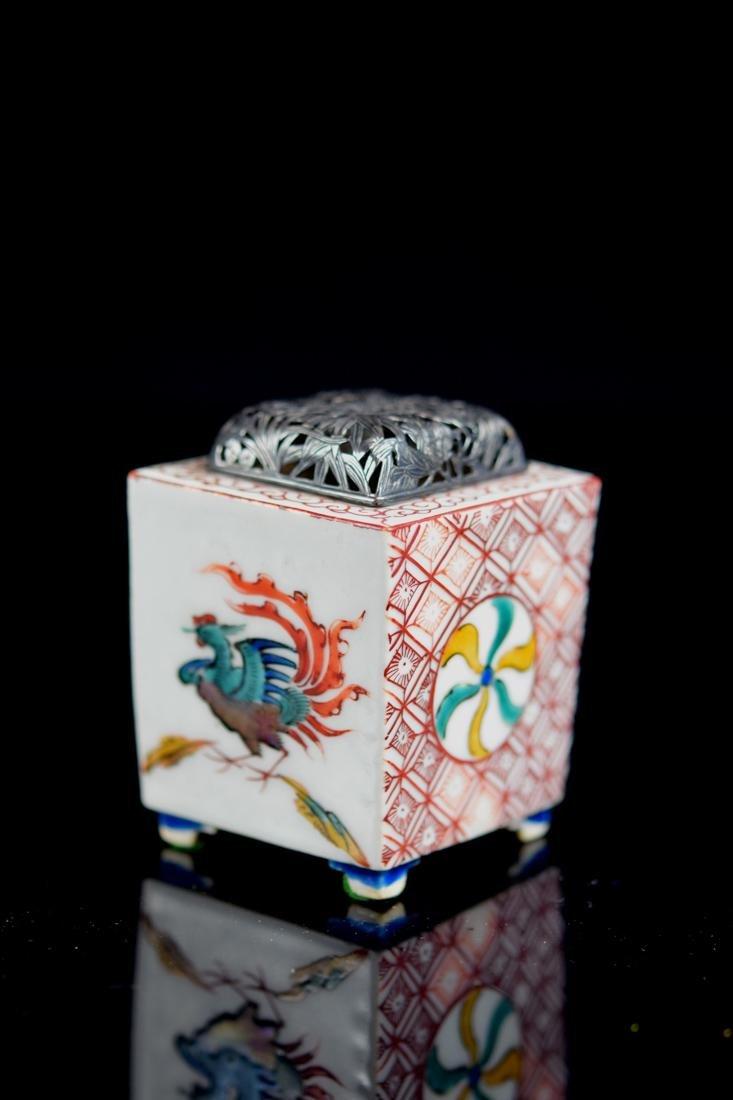 Japanese Ko-Kutani Porcelain Censer with Silver Lid - 2