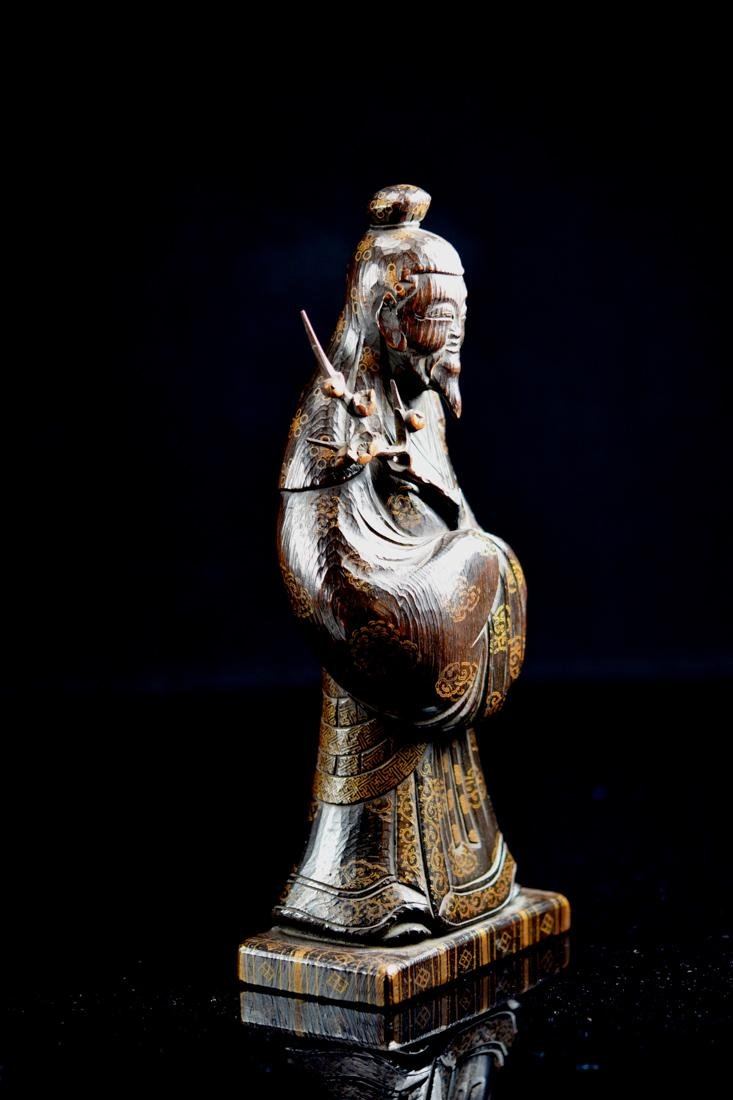 Japanese jiche Wood Priest with Gilt Lacquer Decoration - 4
