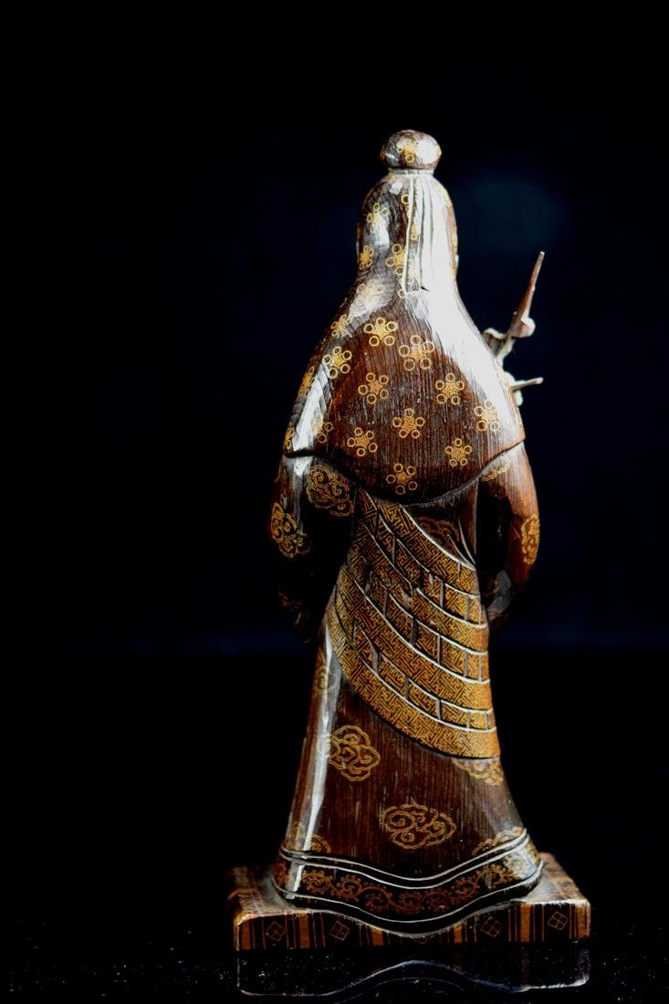 Japanese jiche Wood Priest with Gilt Lacquer Decoration - 7