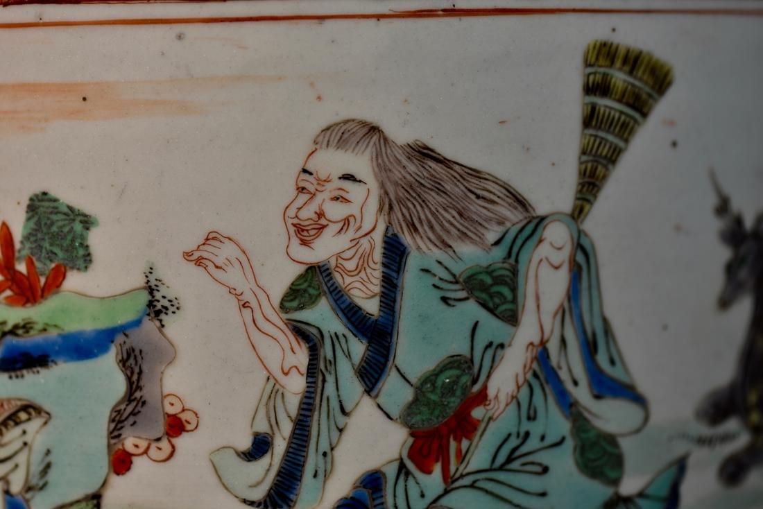 Chinese Famille Verte Porcelain Brushpot - 2