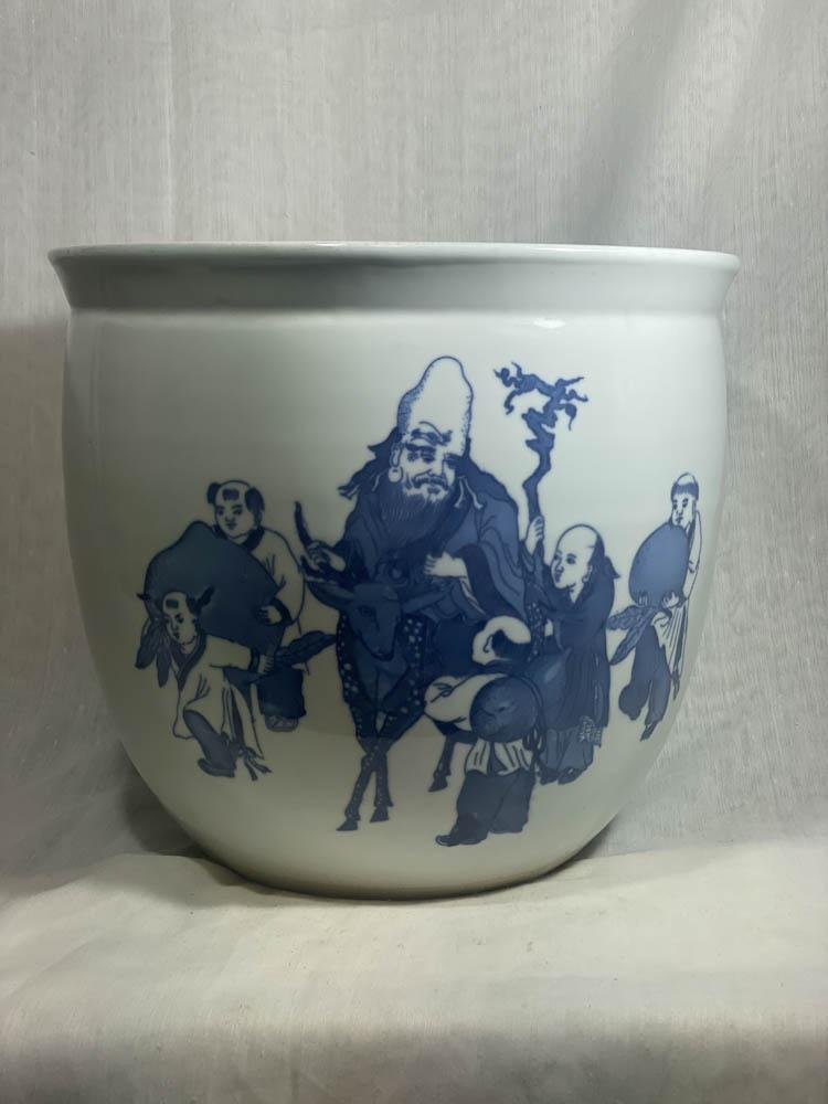 Chinese Blue White Porcelain Urn