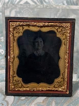 Victoria Antique Photo Portrait of a Lady - Gold Frame