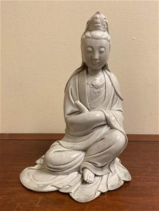 Chinese Blanc de Chine Dehua Porcelain Seated Kuanyin