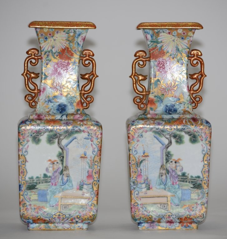 Fine Pair of Chinese Republic Porcelain Vases