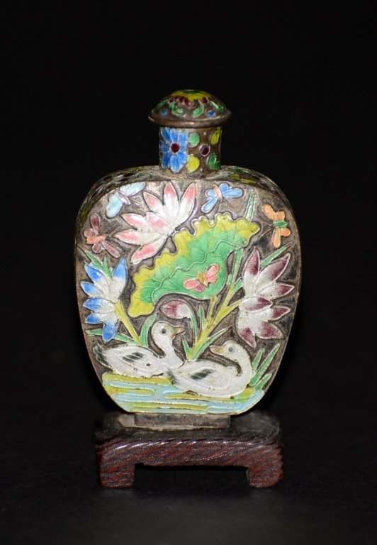 Chinese Silver Enameled Snuff Bottle