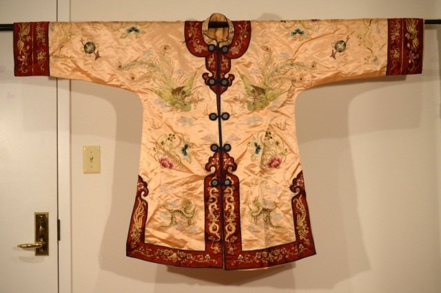 """Chinese Silk Lady""""s Embroidery Robe"""