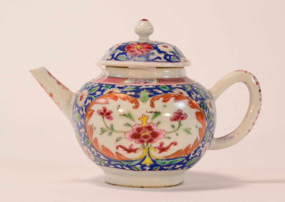 Chinese Famille Rose Porcelain Teapot - Peony