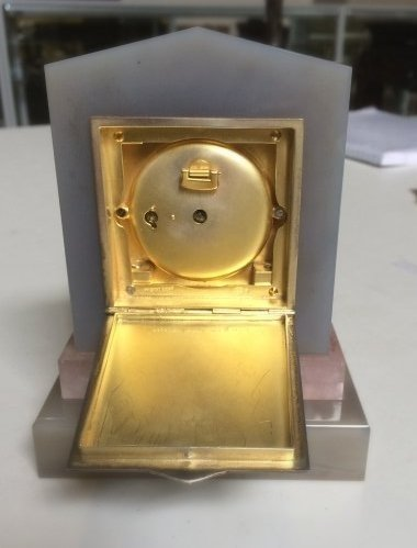 Important Swiss Desk Clock with Diamonds by HAAS, Co - 7