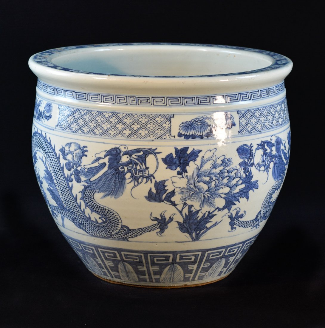 Chinese Blue White Porcelain Fish Bowl - Dragon
