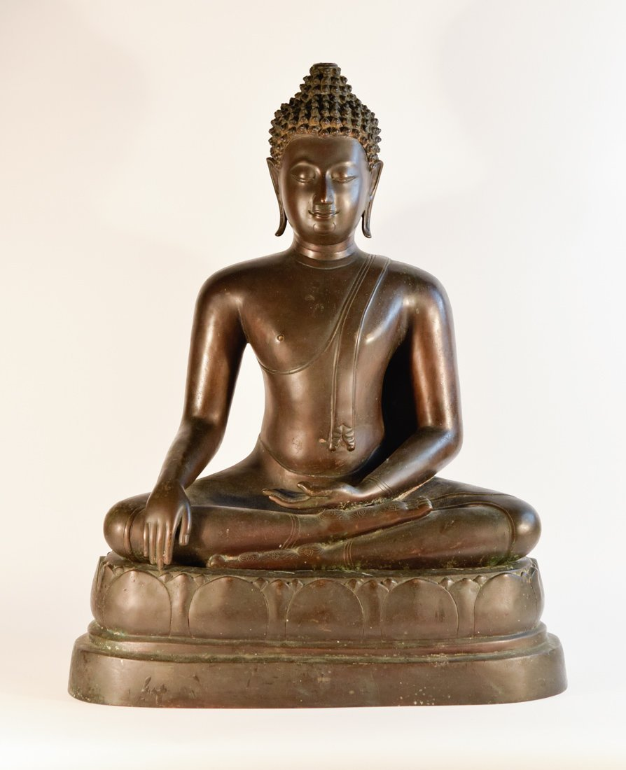 Important Thai Seated Bronze Buddha From West Coast