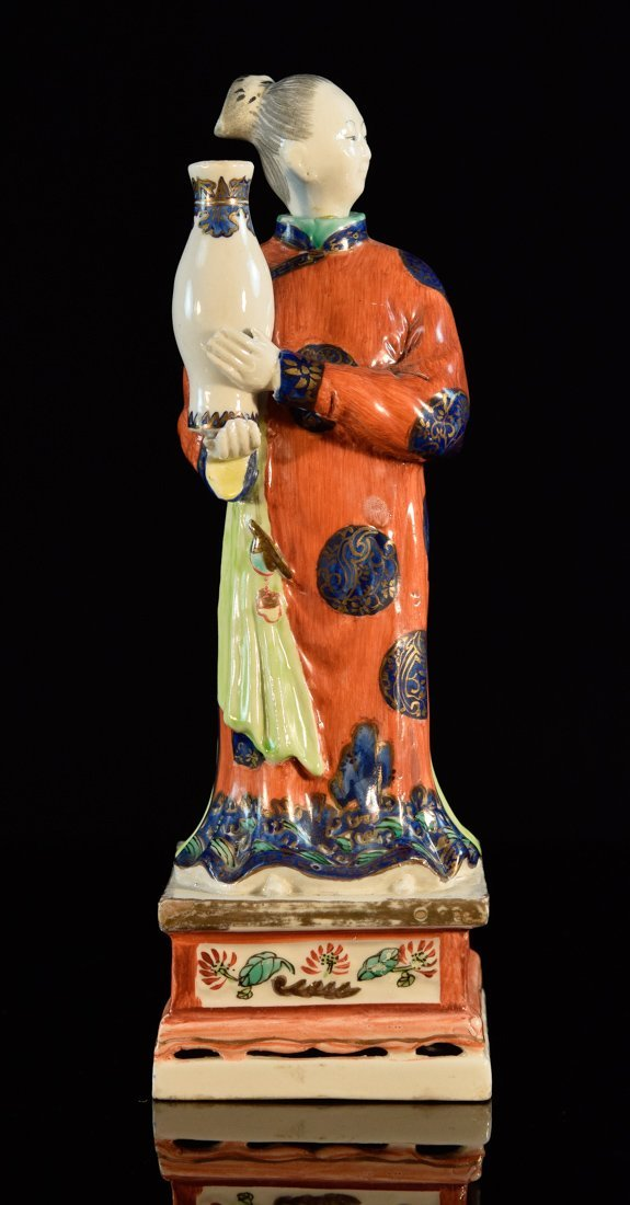 Chinese Export Porcelain Figurine