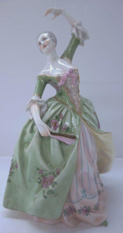 Richard Ginori porcelain lady in green dress