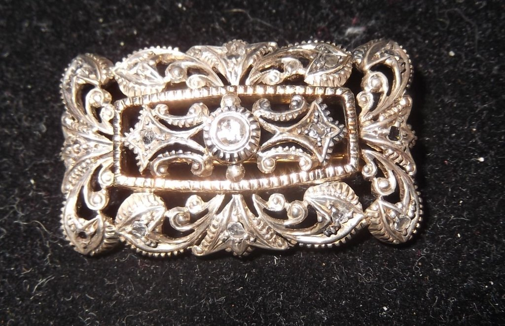 Victorian silver topped chased 14k gold ladies pin