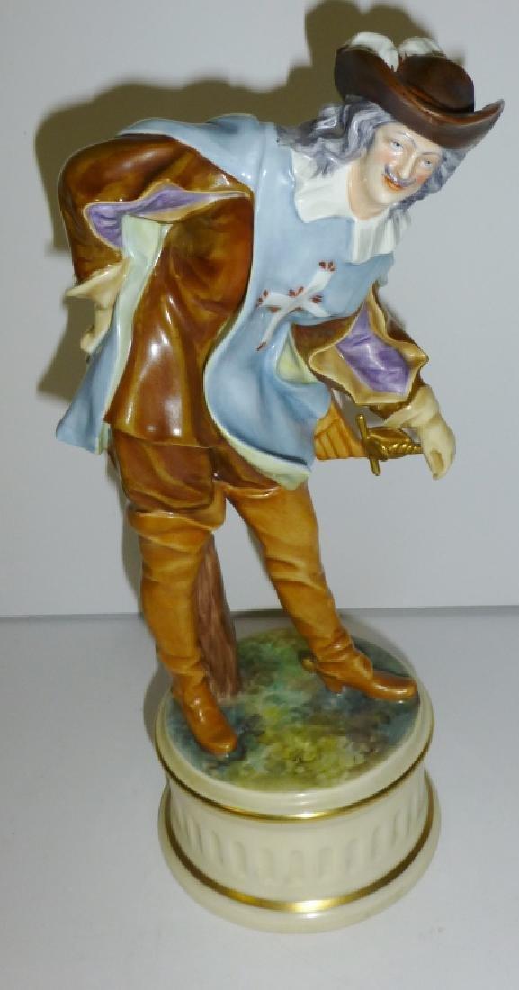 Capodimonte  Ginori  Musketeer Porcelain figurine