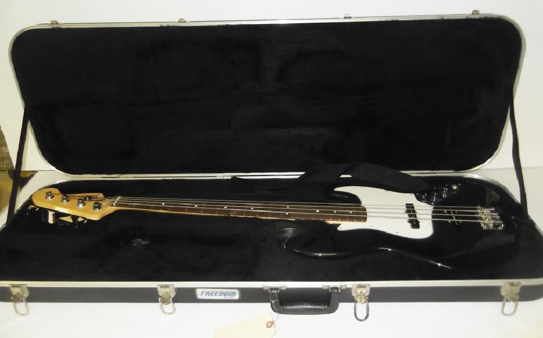 Fender Jazz bass electric guitar & hard case