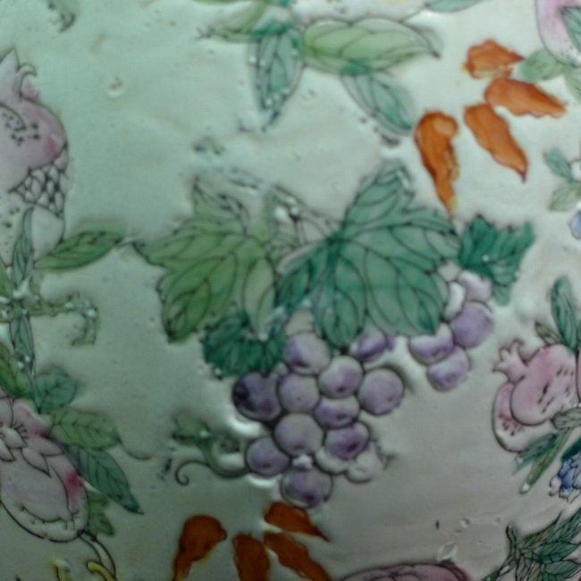 A Chinese famille rose olives vase - 6