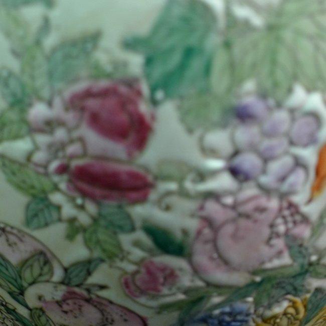 A Chinese famille rose olives vase - 8
