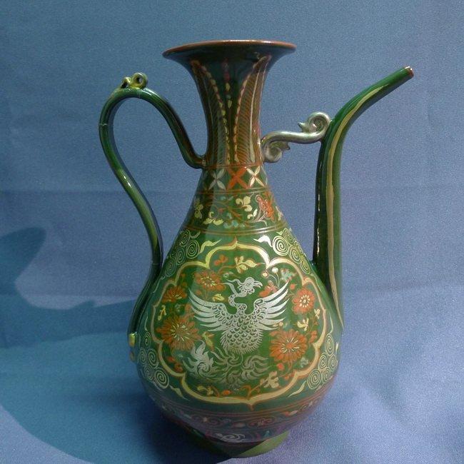 A Chinese Export Antique Porcelain Teapot