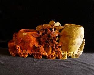 A Chinese Shoushan Stone Carving Vase