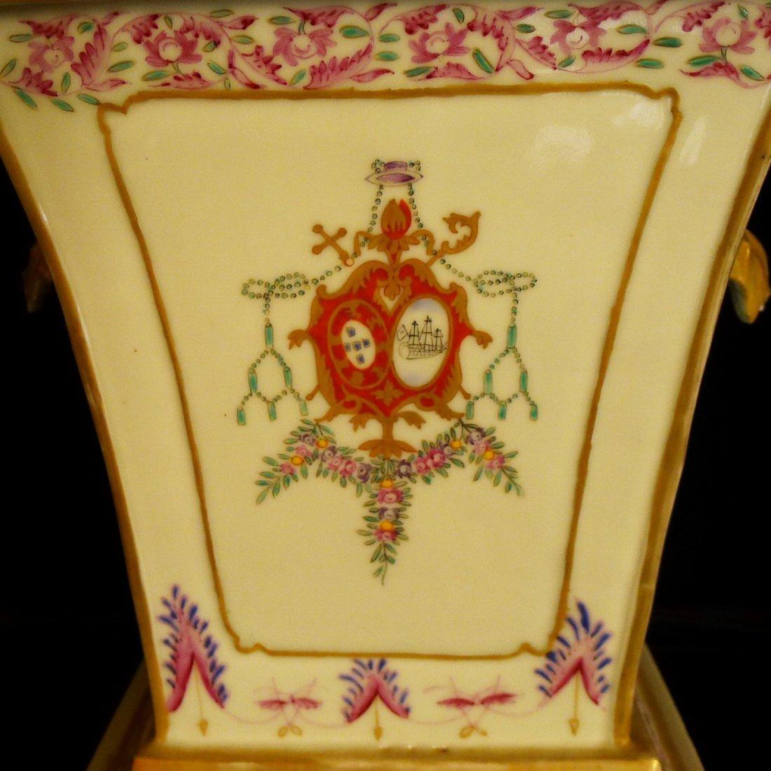 Prar of Chinese export porcelain European heraldry - 5
