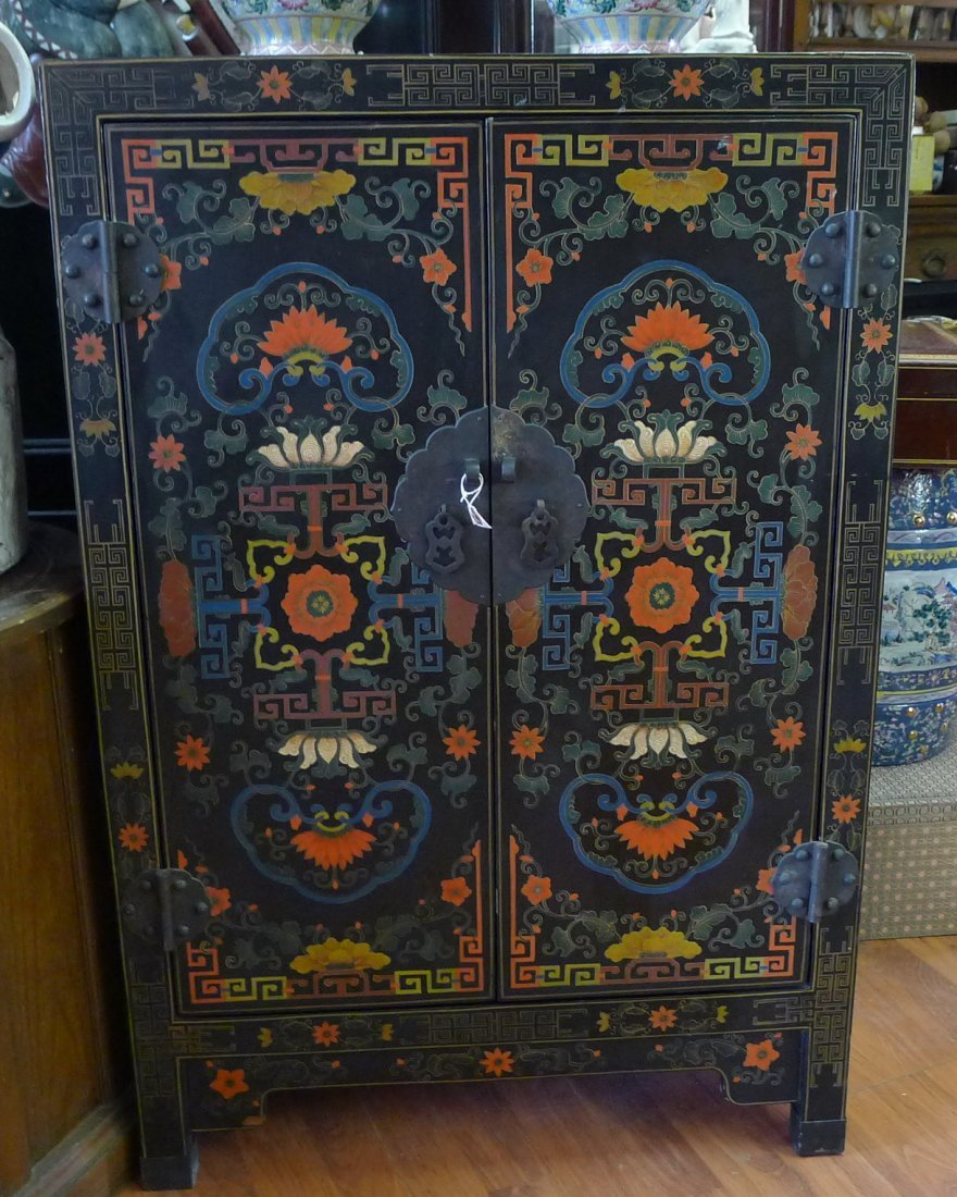 Chinese Antiques Black Lacqueredwood Lotus Cabinets
