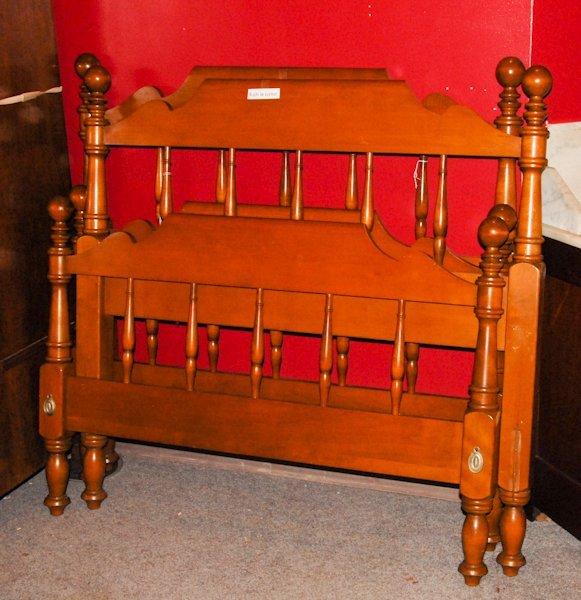 1262: A pair of Ethan Allen Twin Beds w/ Ball Finials