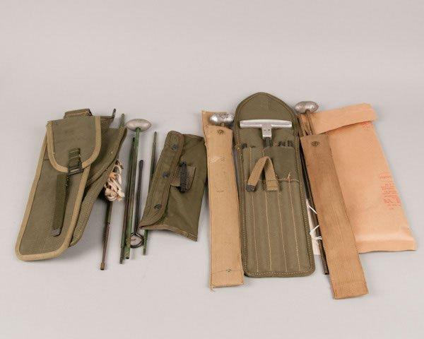 22: Lot of 5 World War I and World War II mess kits wit