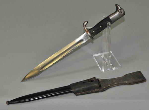 193: WWI German '  saw-tooth'   blade bayonet made by W