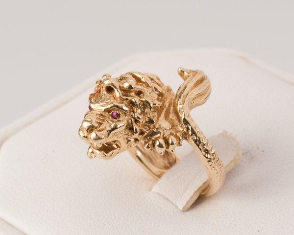 7: 14K Yellow Gold Lion Ring, 13.3 grams,