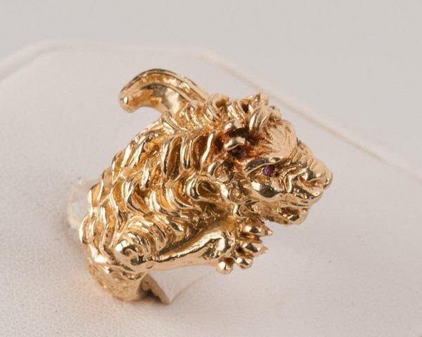 7: 14K Yellow Gold Lion Ring, 13.3 grams, - 2