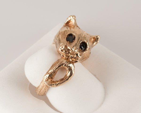 13: 14K Yellow Gold Ring, 14.1 grams,