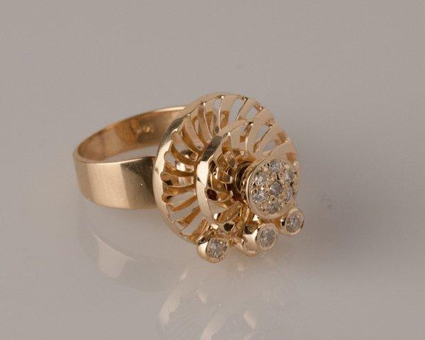 15: 14K Yellow Gold Spinner Ring, 8.1 grams,