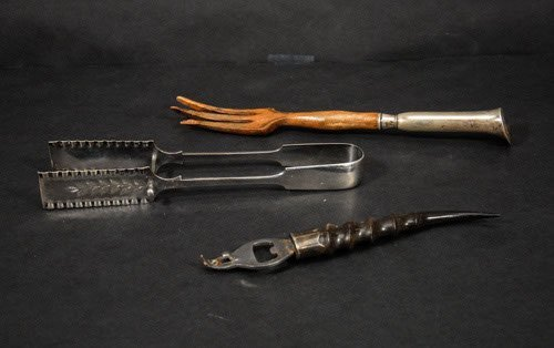 12: Mixed Lot to Include Electroplated Asparagus Tongs