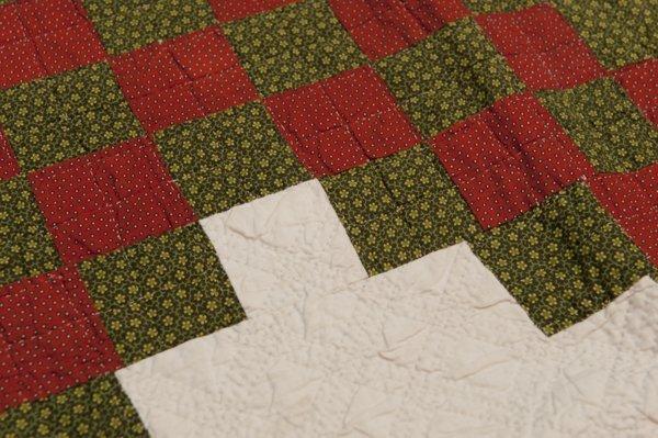 Hermann, Missouri Pieced Quilt, Mid 1800's, - 3