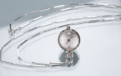 Sterling Silver Pendant Watch on Silver Feather-link Ch