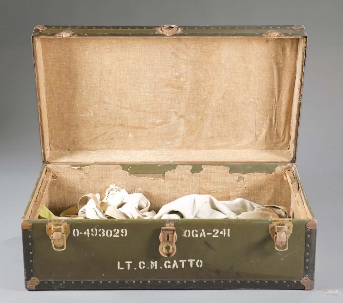 WWII US Army Officer's Footlocker with Contents - 4