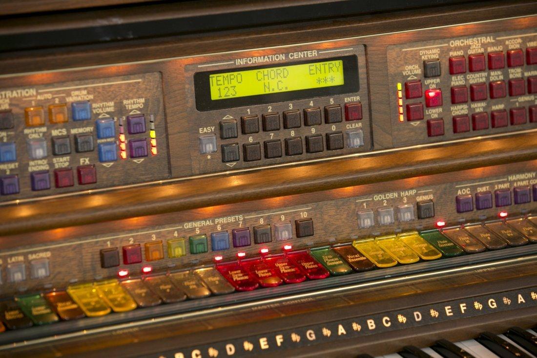 Lowrey Organ, Serenade Model X410 in Walnut Finish with - 2