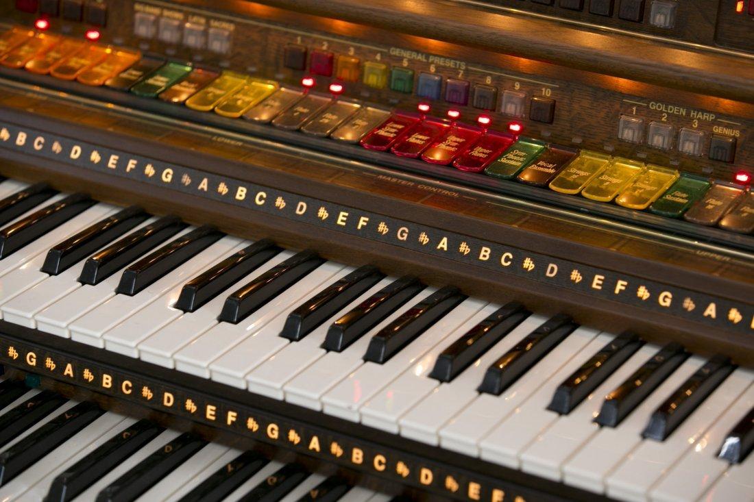 Lowrey Organ, Serenade Model X410 in Walnut Finish with - 5